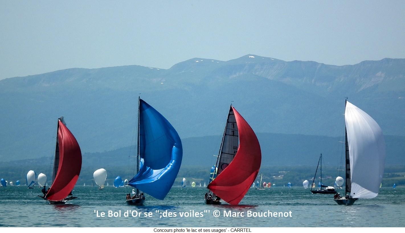 """'Le Bol d'Or se """";des voiles""""''-Sur la même ligne .... mais pour combien de temps ??? Il faudra savoir jouer avec le vent. © Marc Bouchenot"""